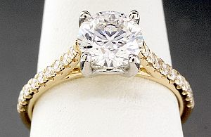 1.52 Carat TW IDEAL Cut Round Brilliant Diamond Engagement Ring