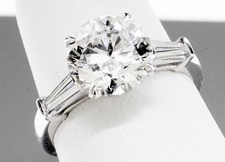 3.21 Carat GIA Round Brilliant Diamond Engagement Ring - Platinum